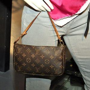Louis Vuitton Pochette mini bag